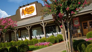 Cracker Barrel Old Country Store: Κέρδη υψηλότερα των εκτιμήσεων στο δ' τρίμηνο