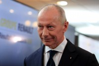 Renault: «Ναι» στην αποπομπή του CEO, Thierry Bollore