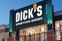 Dick's Sporting: Αυξήθηκαν τα κέρδη δ΄ τριμήνου