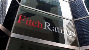 Fitch: Τα πιστωτικά προφίλ των τραπεζών αναμένεται να βελτιωθούν ταχύτερα